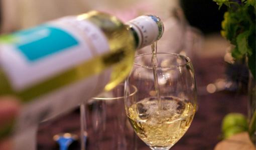どうして白ワインには辛口と甘口があるの?味もちがうの?